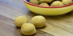Gorkumse zoute bolletjes, zoute, ronde biscuitjes op basis van zanddeeg.