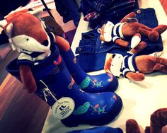 How cute are these Joules kids wellies?! Perfect for muddy puddle splashing!