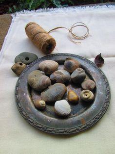 fossils and hag stones Hag Stones, Diy Art Projects, Fossils, Thrifting, Stuffed Mushrooms, Fruit, Food, Stuff Mushrooms, Essen