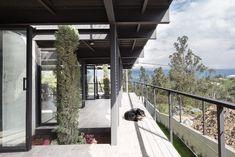 Casa Horizontal, Quito, Ecuador - Juan Tohme - © JAG Studio