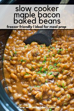 Slow Cooker Healthy Maple Bacon Baked Beans - With Salt and Wit Slow Cooker Baked Beans, Baked Beans With Bacon, Healthy Slow Cooker, Slow Cooker Recipes, Crockpot Recipes, Side Dishes For Bbq, Healthy Side Dishes, Side Dish Recipes, Clean Eating Recipes
