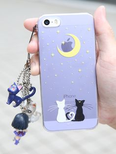 Luna and Artemis Sailor moon iPhone case. I don't even have an iphone! Kawaii Phone Case, Cute Phone Cases, Iphone Cases, Cell Phone Covers, Coque Ipad, Coque Iphone, Geek Mode, Telephone Iphone, Accessoires Iphone