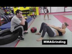 Ronda Rousey Insane Crazy Ridiculous Hardcore Abs Workout this chick does not mess around Mma Workout, Ab Core Workout, Insanity Workout, Boxing Workout, Fitness Goals, Fitness Motivation, Trainer Fitness, Fitness Tips, Hip Hop Abs