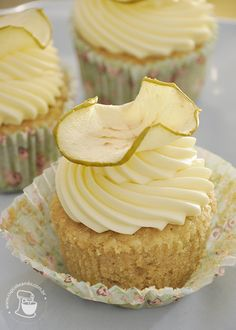 Green Apple Cupcakes with Cream Cheese Frosting