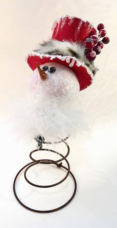 Bed spring Snowman by WitchyWorksofTX on Etsy https://www.etsy.com/listing/579915003/bed-spring-snowman