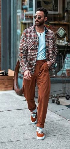 Smart Casual Outfit, Men Casual, Smart Casual Men Winter, Moda Streetwear, Streetwear Summer, Casual Fashion Trends, Fashion Ideas, Mens Trousers Casual, Men Trousers