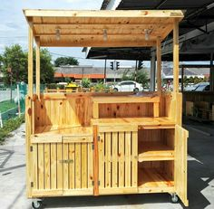 tree sky and outdoor Wooden Cart, Wooden Food, Wooden Diy, Food Cart Design, Food Truck Design, Food Stall Design, Kiosk Design, Booth Design, Food Kiosk