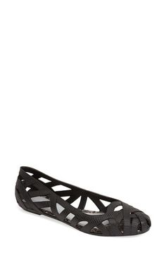 Free shipping and returns on Melissa + Jason Wu 'Jean' Jelly Flat (Women) at Nordstrom.com. Textured open weaves inspired by grosgrain ribbons bring signature style to a flexible, eco-friendly flat made from fruit-scented recycled PVC. Part of a covetable collaboration between Melissa and fashion designer Jason Wu.