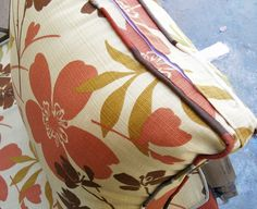 back pillow velcro closure | Flickr - Photo Sharing!