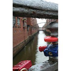 via Instagram anchor.obsessed: Instagram crop messes up my photos... ☝ #überwasser #buceriuskunstforum