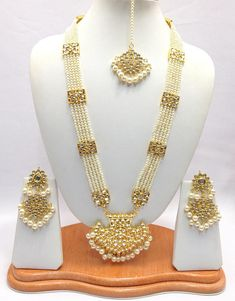 Handmade Indian Jewelry Rani haar Necklace Set With Pearl imitation,Czech , Gold Plated indian Bollywood Jewelry - Handmade Indian Jewelry Rani haar Necklace Set With Pearl Pearl Bridal Jewelry Sets, Indian Wedding Jewelry, Indian Jewelry, Pakistani Jewelry, Indian Bridal, Indiana, Hyderabadi Jewelry, Gold Jewellery Design, Gold Jewelry