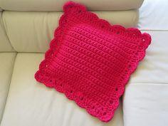 Coixí fet amb ganxet XXL / Cojin de trapillo con ganchillo XXL / Cushion made with crochet XXL spaghetti