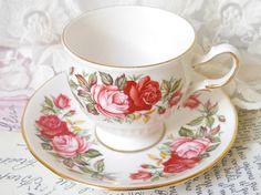 English roses teacup vintage tea cup english teacups vintage floral teacup Queen Anne 220