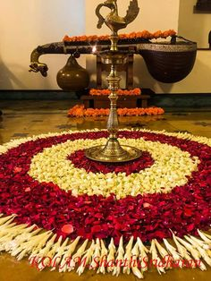 Lets exquisitely decorate our work place with best Diwali decorations in office. WOW images for Diwali office decoration by Flower Decorators. Rangoli Designs Flower, Rangoli Ideas, Rangoli Designs Diwali, Diwali Rangoli, Flower Rangoli, Beautiful Rangoli Designs, Flower Designs, Indian Rangoli, Diy Diwali Decorations