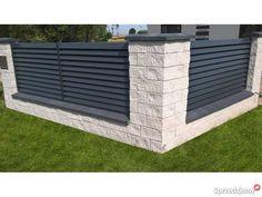 House Fence Design, Fence Gate Design, Modern Fence Design, Privacy Fence Designs, Garden Fence Panels, Front Yard Fence, Fenced In Yard, Garden Fencing, Fence Landscaping
