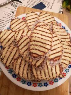 Albert kekszes süti Arabic Food, Diy Party, Apple Pie, Food And Drink, Sweets, Diet, Cookies, Baking, Health