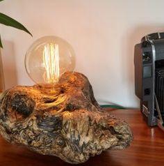 Luminária de mesa Ostra