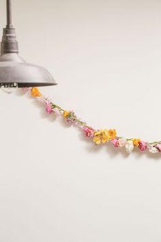DIY: Spring Floral Garland | theglitterguide.com