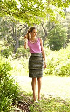 The Lilly Pulitzer 'Estate' skirt is perfectly paired with the 'Havana' top, offering just enough contrast between the green tweed and pink to keep you looking sophisticated, feminine and fun all day long.