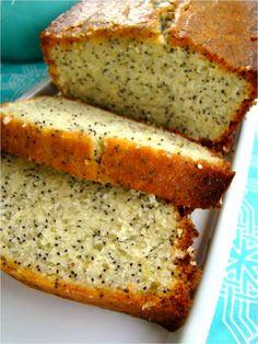 Family Feedbag: Lemon poppy seed loaf