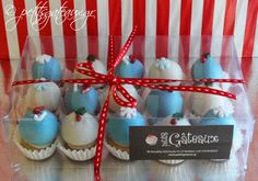 Christmas decorated petits fours in a gift box! Cupcakes, Christmas Decorations, Box, Desserts, Gifts, Petit Fours, Tailgate Desserts, Presents, Cupcake