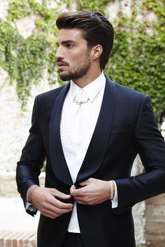 #marianodivaio wearing Carlo Pignatelli for his #wedding