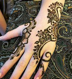 Arabic Henna, Henna Mehndi, Henna Art, Hand Henna, Henna Tattoos, Tatoos, Hena Designs, Henna Designs Easy, Mehandi Designs