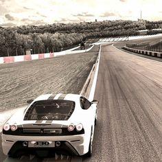 Born To Race: Ferrari F430 Scuderia