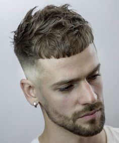 The Top 10 French Crop Haircut ! The French crop is a classic short men's hairstyle, oftentimes involving a taper fade Mens Short Messy Hairstyles, Hairstyles Haircuts, Haircuts For Men, Elegant Hairstyles, Hairstyle Men, Bandana Hairstyles, Makeup Hairstyle, Spring Hairstyles, Medium Hairstyles