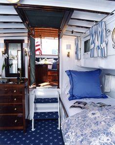Adorable boat interior - Gauthier Stacy Interior Designer