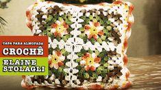 18/11/2014 - Capa para almofada em crochê (Elaine Stolagli)