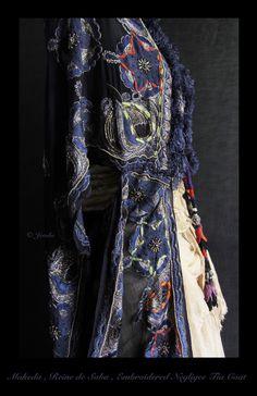 xx..tracy porter..poetic wanderlust..- Jevda : MAKEDA , REINE DE SABA .  Embroidered Negligee Tie Coat