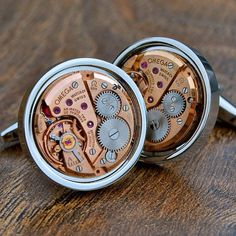 Omega Watch Movement Cufflinks 185 from shipped worldwide. To… Quality watches from around the wold at fantastic prices Vintage Omega, Breitling, Copper Anniversary Gifts, Designer Cufflinks, Der Gentleman, Suit Accessories, Vintage Cufflinks, Best Gifts For Men, Steampunk