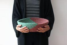Simplee | cestaria manual | corda de sisal e lã  #stashless #wool #basketry #cestaria