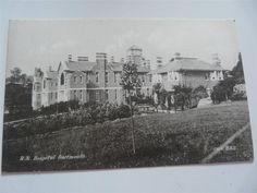 vintage unused postcard 1920s? Royal Naval Hospital Dartmouth Devon free uk pp