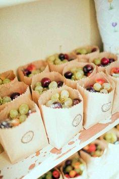 25 Awesome Vineyard Wedding Favors | HappyWedd.com