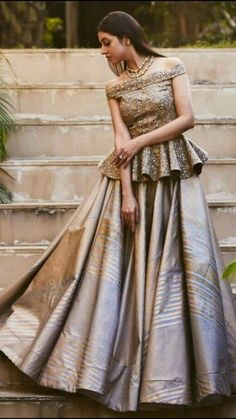 Latest Collection of Lehenga Choli Designs in the gallery. Lehenga Designs from India's Top Online Shopping Sites. Party Wear Indian Dresses, Designer Party Wear Dresses, Indian Gowns Dresses, Indian Bridal Outfits, Dress Indian Style, Indian Fashion Dresses, Indian Designer Outfits, Pakistani Dresses, Indian Designers