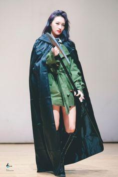 I Miss Her, Chen, Kpop Girls, Dream Catcher, Raincoat, Pretty, Jackets, Queens, Posts