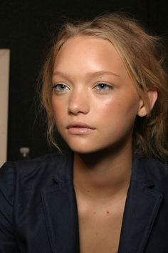 minimalist beauty {with a tan} #beauty