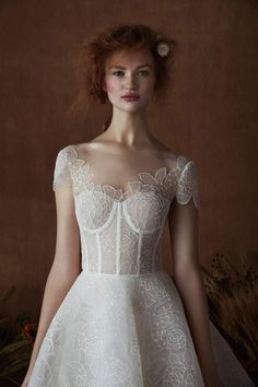 Courtesy of Isabelle Armstrong Wedding Dresses;