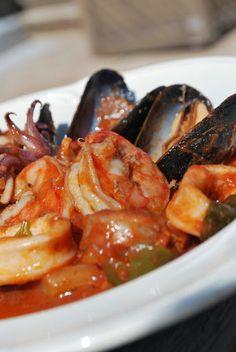 Scrumpdillyicious: Portuguese Seafood Stew: Caldeirada de Peixe