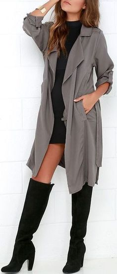 Trench coats are definitely in this fall, but I especially love this look because of the knee high boots! Perfect for us coast to coast gals. #kneehighboots