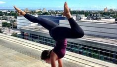 How To Succeed At Your Handstand: 5 Tips For Getting Upside Down