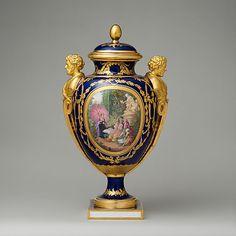 1782 French Sèvres Vase