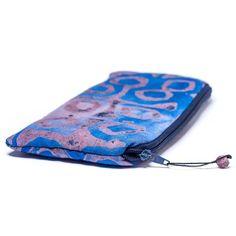 Muche et Muchette Batiked Clutch Purse - Blue - World Peaces (P) Diy Clutch, Clutch Wallet, Clutch Pattern, Clutches For Women, World Peace, Tote Handbags, Evening Bags, Purses And Bags, Women's Bags