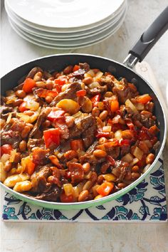 Cowboy Beef & Bean Skillet – Cowboys and cowgirls alike will come a-runnin' when the smell of beans and sliced sirloin steak comes waftin' off the skillet. Plus, this savory and flavorful recipe is ready in 30 minutes.