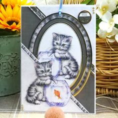 "Card made with the luxury topper set ""Ragdoll and domestic tabby"" of the serie: ""It' a cat's life"" from ""Hunkydory""."