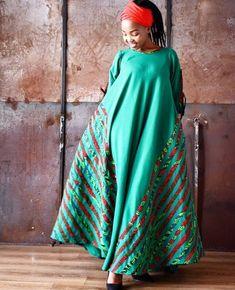 Gorgeous Clothes on africa fashion ideas 170 Seshoeshoe Dresses, African Maxi Dresses, African Attire, African Wear, Ankara Dress Styles, African Women, African Print Dress Designs, African Print Fashion, Africa Fashion