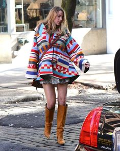 Gorgeous 52 Splended Oversized Poncho Outfit Ideas for Fall with Boots https://stiliuse.com/52-splended-oversized-poncho-outfit-ideas-for-fall-with-boots