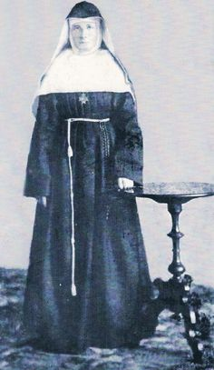 vintage photograph of a nun